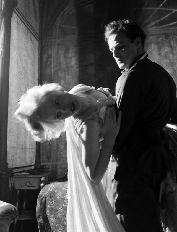 Jessica Tandy & Marlon Brando in A Streetcar named Desire, 1947 (Eliot Elisofon—Time & Life Pictures/Getty Images)