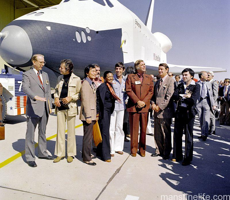 The cast of the original Star Trek series and creator Gene Roddenberry meet the Space Shuttle Enterprise